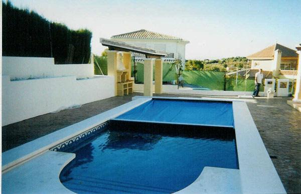 Piscinas bizkaia cubiertas de piscinas for Cubiertas piscina